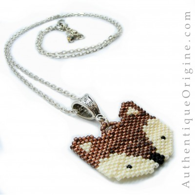Pearled necklace pendant of fox